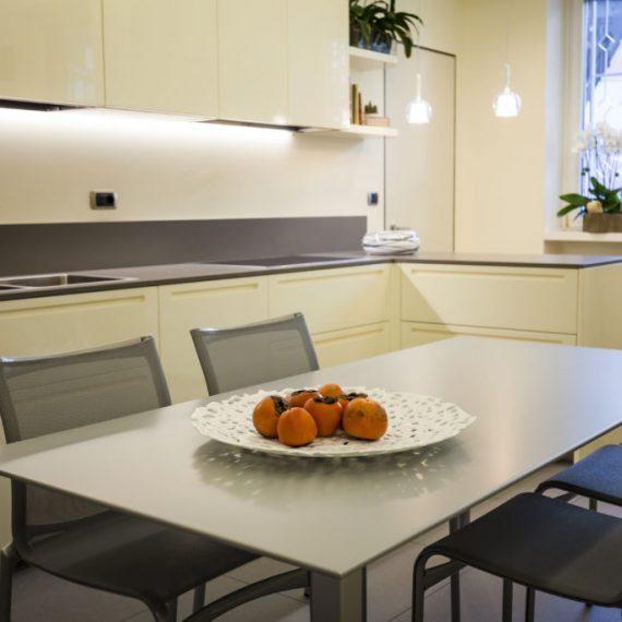 Realizzazioni e interior design spotti arredamenti for Arredamenti busto arsizio